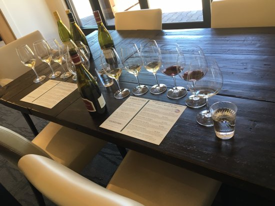 Windsor, CA: Tasting setup for Private Tasting