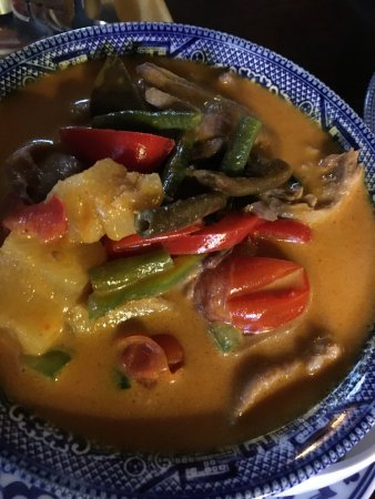 Nuntana Thai at The Royal George: roasted duck curry