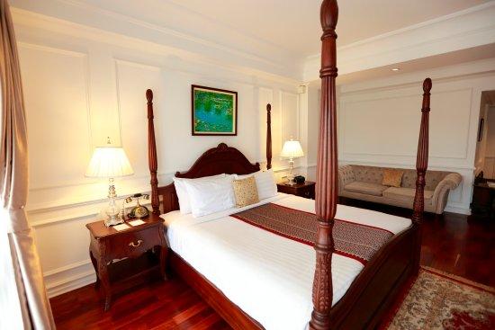 Dhavara Hotel: Premier