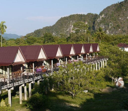 Khao Sok Smiley Bungalow : Smiley Stone Bungalow