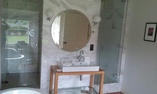 Radisson Blu Farnham Estate Hotel, Cavan: 20160626_152634_large.jpg