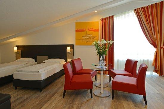 Five Seasons A1 Hotel: Vierbett