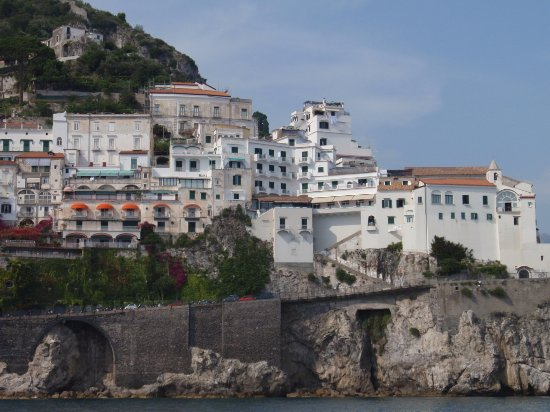 Day Tour in Italy: AMalfi from the sea