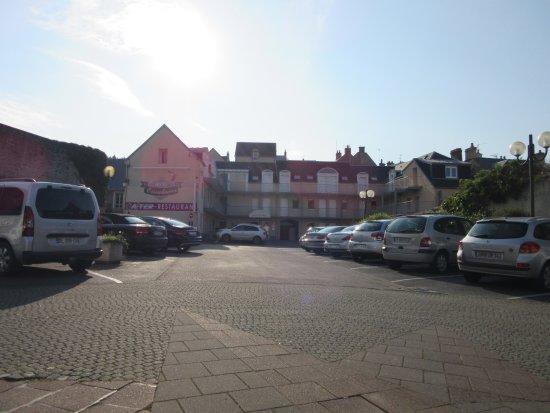 Hotel eisenhower port en bessin huppain francia normandia prezzi 2018 e recensioni - King hotel port en bessin ...