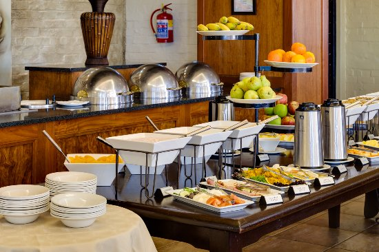 Protea Hotel by Marriott Stellenbosch : Cultivar Restaurant Breakfas Buffet