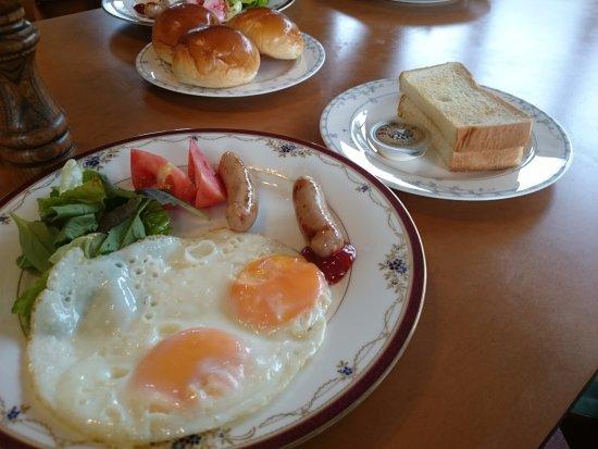Hakuba Yamano Hotel: Breakfast from the hotel.