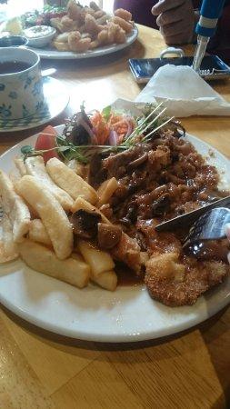 Meningie, Australia: Quality food