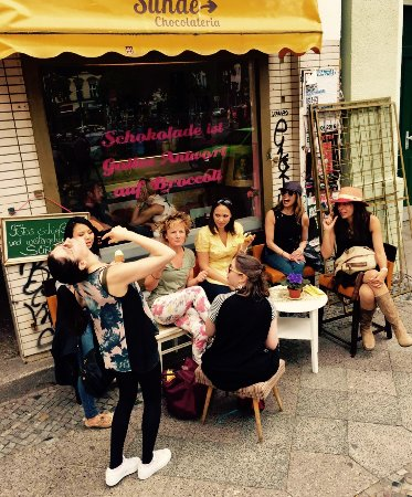 Heidi Leyton's Tours of Berlin: Beautiful short coffee break in-between of a 4 hours walking tour to enjoy sweets & laughs