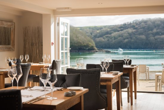 Q Restaurant at The Old Quay House: Restaurant & Terrace