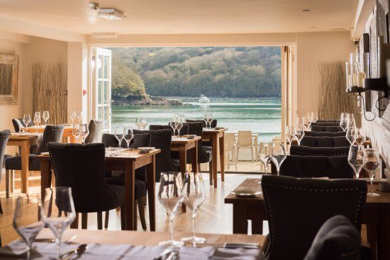 Q Restaurant at The Old Quay House: Restaurant