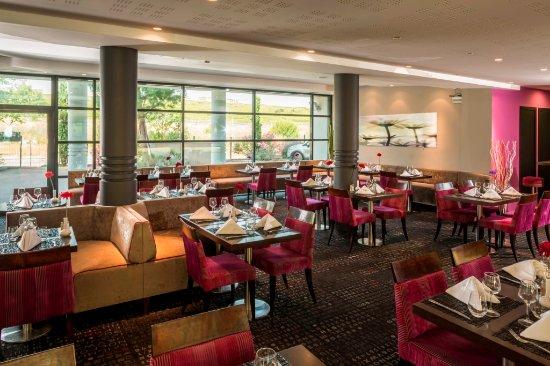 Les Milles, Frankreich: Salle Restaurant-3