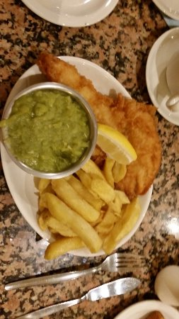 Mother Hubbard's : Tea time special with extra peas (£8.50 ish)