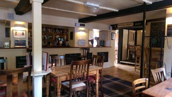 Odcombe, UK: Comfortable spacious bar/lounge