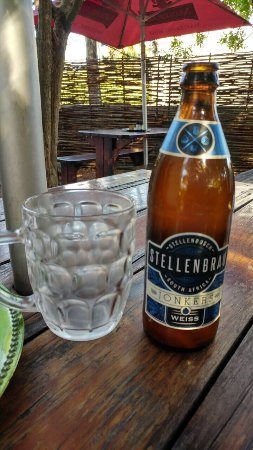 Woodpecker Pizzadeli: Amazing pizzas and ice cold beers and ciders