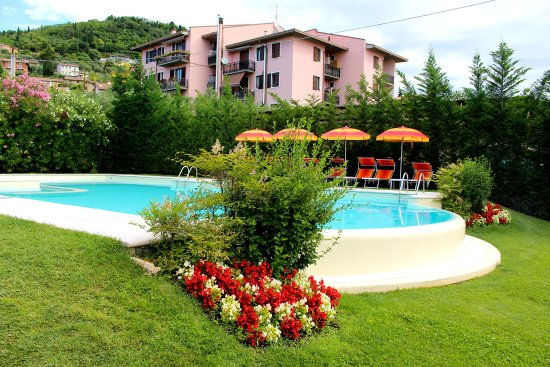 Hotel romantic cavaion veronese italie voir les - Piscina g conti verona ...