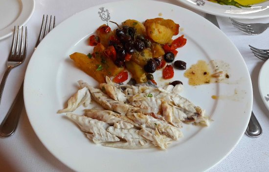 Hotel Continental Venice : Baked fish with potatoes and olives.