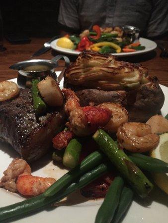 Keg Steakhouse & Bar: photo2.jpg