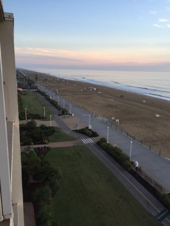 BEST WESTERN PLUS Oceanfront Virginia Beach: photo2.jpg