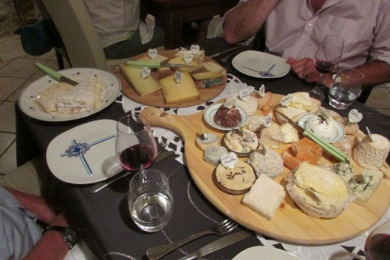 La Table Alonso : Cheese board/s