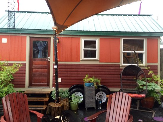 The Tandem Tiny House small yet comfy Picture of Caravan The
