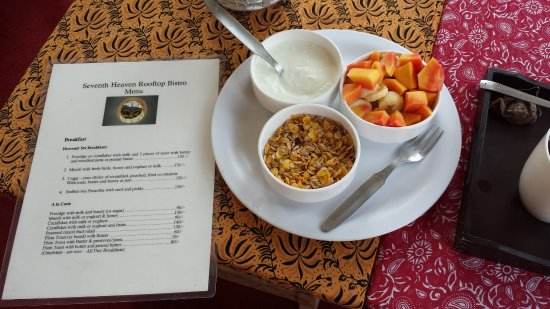 Seventh Heaven Inn Rishikesh: Breakfast