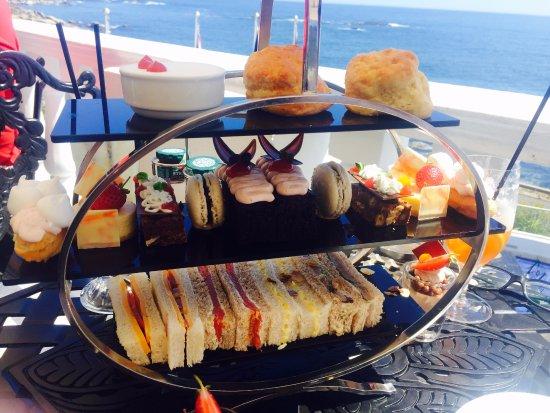 The Twelve Apostles Hotel and Spa: High Tea @ Leopard Bar