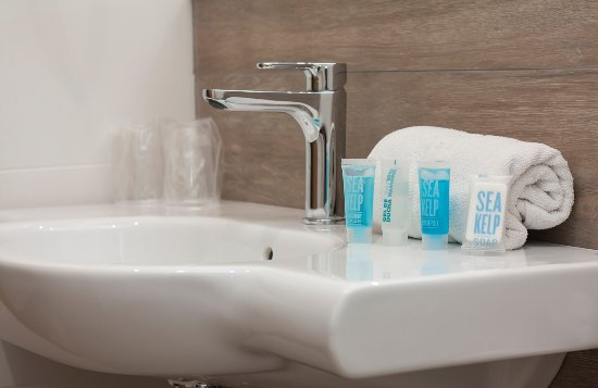 Hotel Perla: New Bathroom