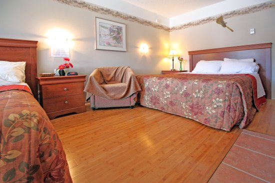 Motel Le Jolibourg: Queen Double Beds Room