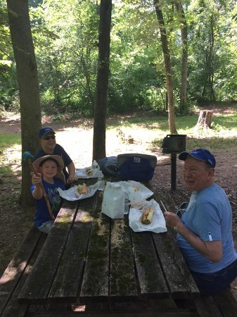 Newtown, Pensilvania: Shaded picnic area