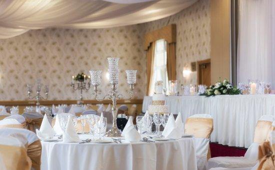 Four Seasons Hotel and Leisure Club: Seasons Suite Weddings