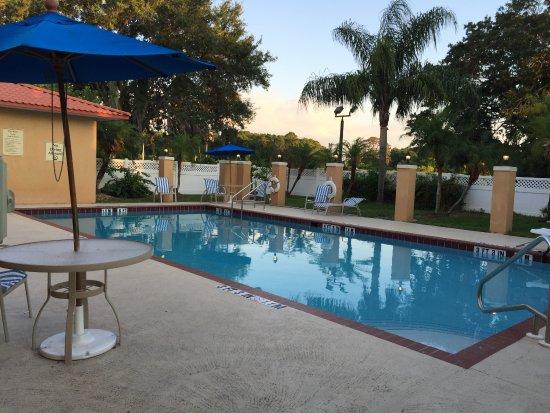 Best Western Plus Bradenton Hotel & Suites: Piscina