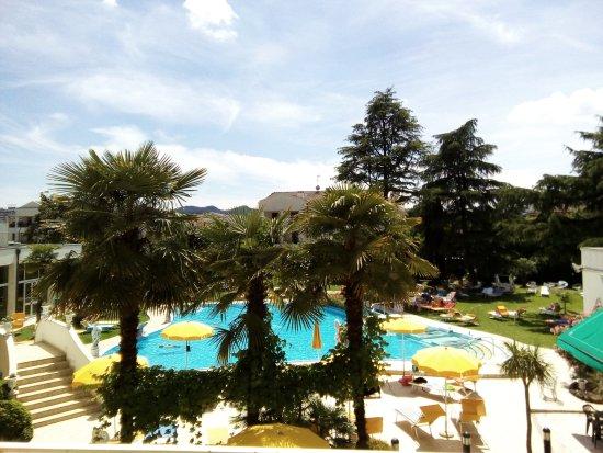 Hotel Terme Helvetia: Vista dal primo piano