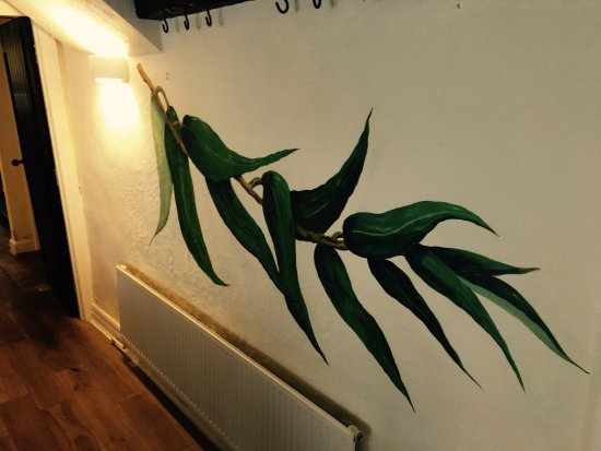 Watton, UK: The Willow Leaf Mural
