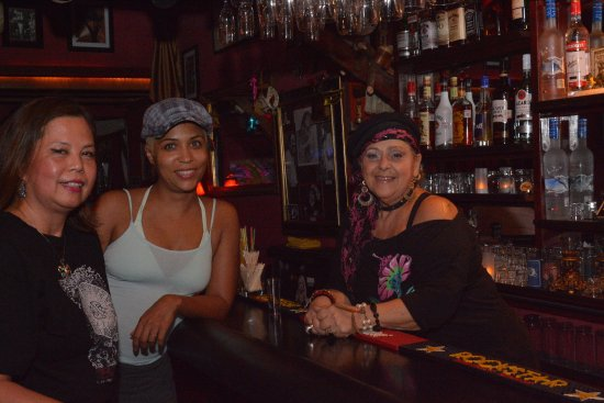 Two for the Road Cabo Jazz Spot: Cathy, Tess and Calina