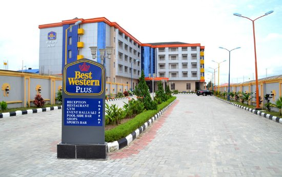 Warri, Nigeria: Early Mornig View of the Hotel's Entrance