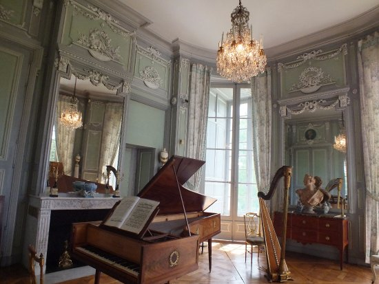 le salon de musique picture of chateau de valencay