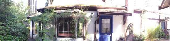 Blue Willow Guest House: 20160629_100040_large.jpg