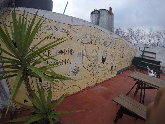 El Viajero Hostel Suites Colonia: Terraço