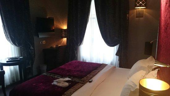 Hotel Ares Paris: DSC_2216_large.jpg