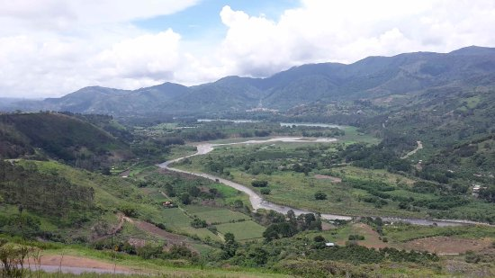 Orosi River Valley  ( El Valle del Rio Orosi ): Valle de Orosi