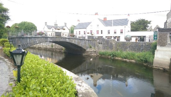Ennis, Irlanda: IMAG3191_large.jpg
