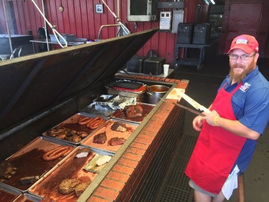 Llano, TX: Great BBQ - worth the stop!!