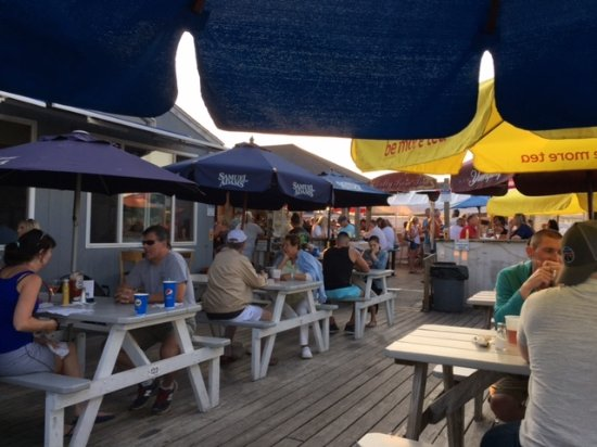 Westbrook, Κονέκτικατ: Outside Casual Deck Dining