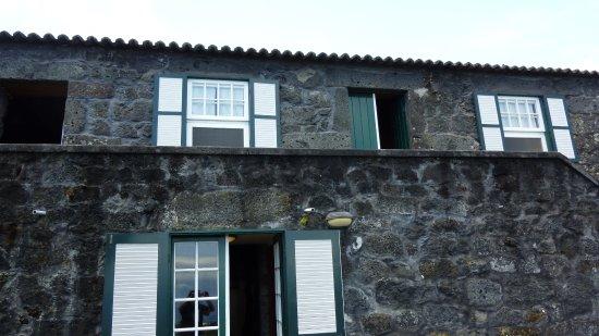 Sao Roque do Pico, Πορτογαλία: Haus von Außen