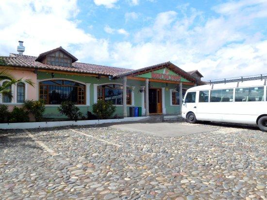 Cayambe, Ecuador: Fabrica de Bizcochos
