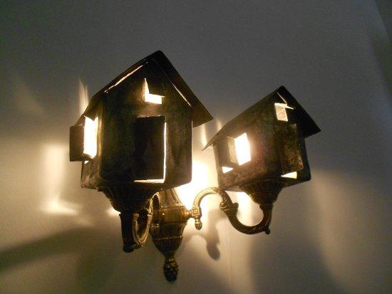 Plafoniere Wifi : Plafoniera in camera bellissima! picture of casa vieja 1840