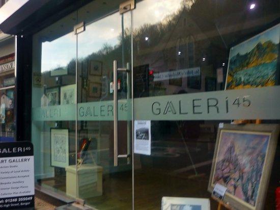 Galeri 45