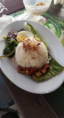 Bert's Garden Seafood Medan Ikan Bakar Batang Tiga: Nasi Lemak (Fatty Rice with cooked chilly paste)