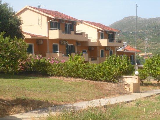 Filoxenia Apartments Photo