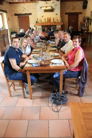 Ferme Auberge du Vieux Chene: Salle du restaurant